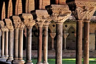 Frankreich: Romanik im Kloster Moissac