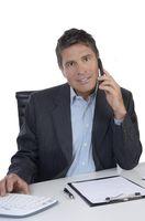 Geschäftsmann / Manager beim Telefonieren