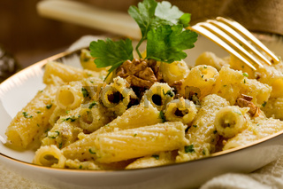 Pasta with Walnut pesto