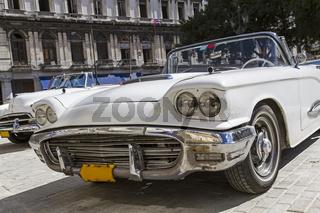 Oldtimer Cabriolet auf Kuba