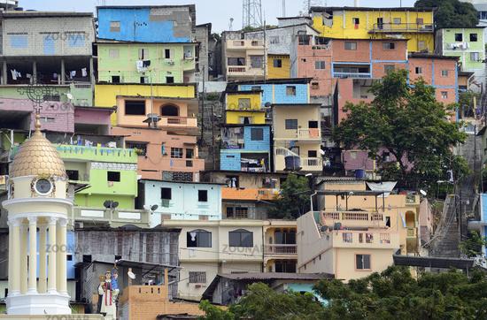 bunte Wohnhaeuser auf dem Cerro del Carmen,  Guayaquil, Ecuador,