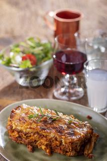 griechische Pastizio Nudelgericht mit Käse