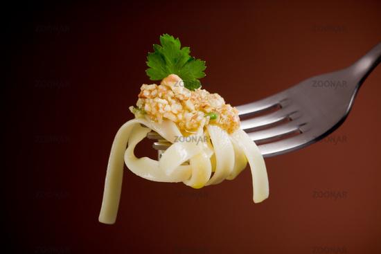Pasta with walnut pesto