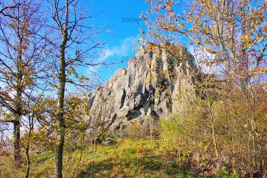 der Berg Grosser Stein im Zittauer Gebirge - the mountain Grosser Stein in Zittau Mountains, autumn
