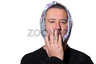 Mann mit starken Zahnschmerzen