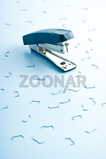 office stapler and many clips