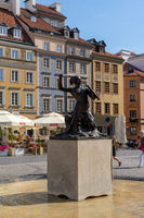 statue and fountain of the Warsaw Mermaid in the old Market Square