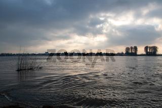 Hochwasser in Hitdorf am Rhein