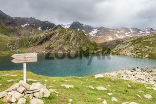 Der Timmels Schwarzsee in der Nähe vom Timmelsjoch, Tirol, Italien