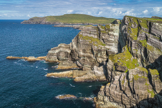 Rugged coastline with majestic Kerry Cliffs and Atlantic Ocean, Ring of Kerry