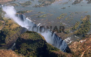 Victoria-Fälle aus der Luft, Sambia; Victoria Falls, seen from Helicopter, Zambia
