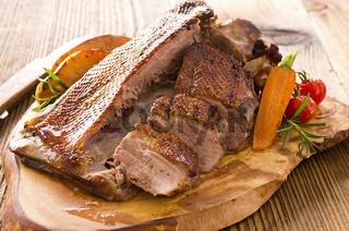roasted goose breast fillet