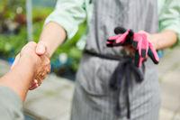 Handshake als Symbol für Begrüßung oder Vereinbarung