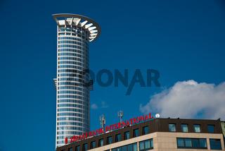 DZ Bank Tower der DZ Bank AG, Deutsche Zentral-Genossenschaftsbank, Hauptverwaltung im Westendtower, Kronenhochhaus, Frankfurt am Main, Hessen, Deutschland, Europa