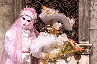 2 Masken