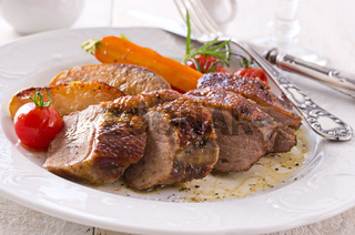 roasted duck fillet with apples