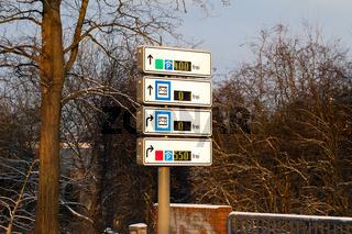 Park and Ride Schilder mit freien Parkplätzen