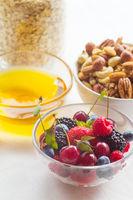 Granola berries nuts breakfast