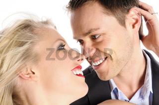 Junges Paar ist verliebt