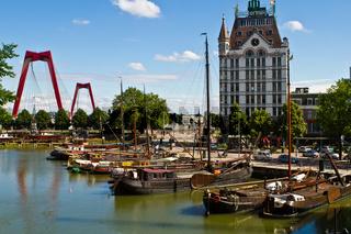 Rotterdam, Willemsbruecke, Hafenbecken