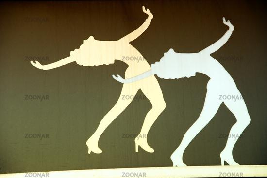 The dancing girls
