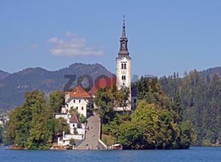 Slowenien, Kirche im See Bled