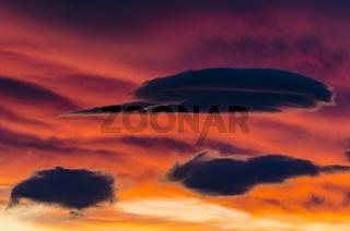 Wolkenstimmung, Romsdalen, Moere und Romsdal, Norwegen