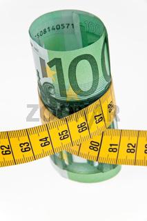 Symbol Sparpaket mit Euro Geldschein und Massband