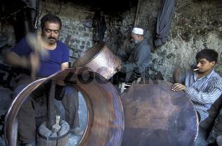 Auf dem Souq oder Markt in der Altstadt von Damaskus in der Hauptstadt von Syrien.