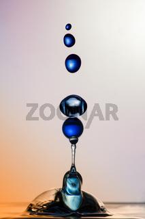Water Sculpture: Blue Balls