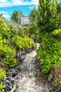 Gästehäuser auf Poyalisa auf den Togian Inseln in Sulawesi