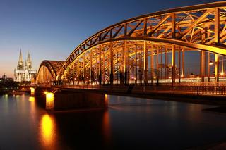 Köln: Dom und Hohenzollernbrücke