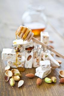Französischer Nougat mit Honig