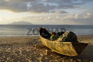 Altes Fischerboot, Beau Vallon Strand, Seychellen