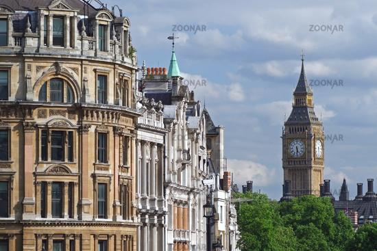 View from Trafalgar square to the Big Ben