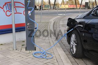 E-Tankstelle, Unna, Ruhrgebiet, Nordrhein-Westfalen, Deutschland, Europa