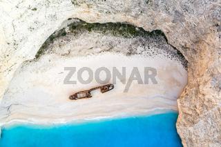 Zakynthos Insel Reise reisen Griechenland Strand Schiffswrack Schiff Wrack shipwreck Navagio Beach Drohne aerial Luftbild