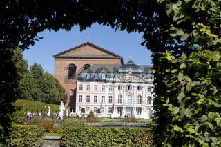 Kurfuerstliches Plalais, Palace of Trier, Basilica of Constantin