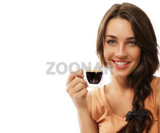 glückliche frau hält espresso kaffee