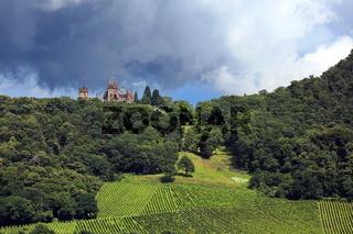Schloss Drachenburg am  Drachenfels bei Königswinter