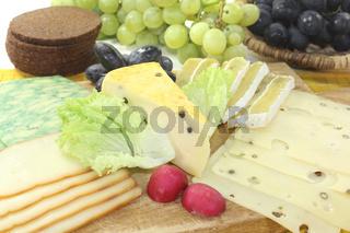 Käsescheiben mit Brot