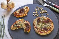 Kraeutergarten-Pizza