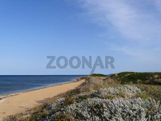 der Strand Mari Ermi auf Sardinien