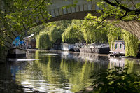 Landwehr Canal Lower Lock with viaduct and ships, Tiergarten, Mitte, Berlin, Germany, Europe