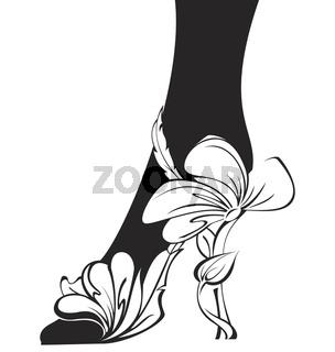 Black-and-white-contour-eco-shoe