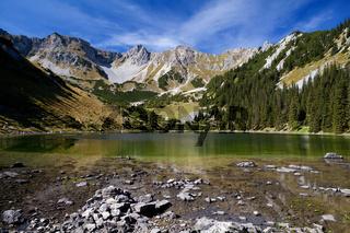 Soiernsee and Schottelkarspitze in Alps