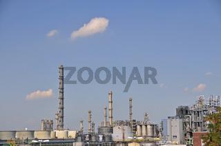 Destillationstürme, Chemiewerk Evonik Degussa, Wesseling, Nordrhein-Westfalen, Deutschland, Europa