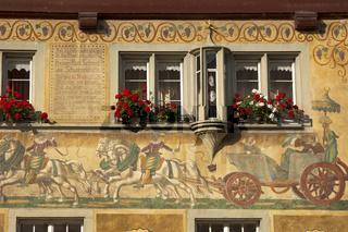 Fassadenmalerei am Haus Schwarzes Horn