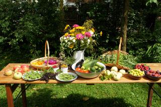 Gemuese, Obst, Blumen, Kraeuter