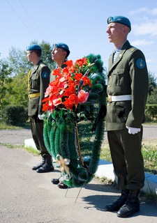 wreath laying to Afghanistan soldiers